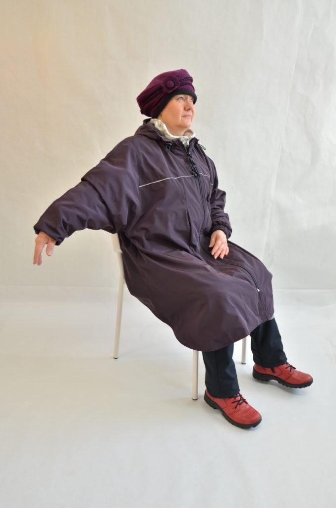 Halla-takkiviitta pyörätuolinkäyttäjllle